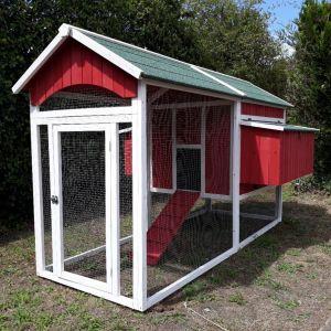 Poulailler-Deluxe-toit-shingle-10-à-12-poules-vue-profil-avant